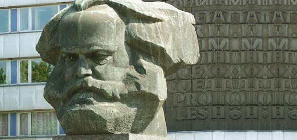 Karl Marx Memorial, na Alemanha.