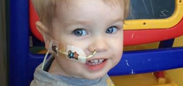 Elliot recebeu transplante de coração