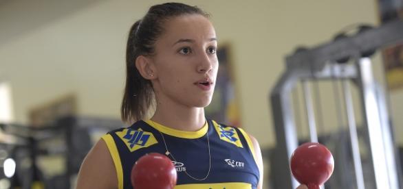 Gabi quer garantir vaga na seleção brasileira de vôlei