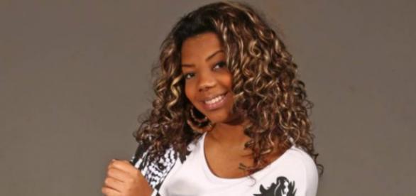 Com seus hits nas paradas de sucesso, Ludmilla curte a fama