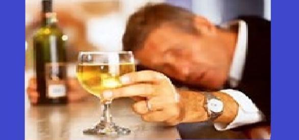 El Alcohol en exceso ocasiona Hepatitis