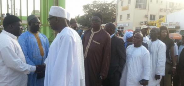 Mayors and their delegates from Senegal being welcomed / Photo via SMBC