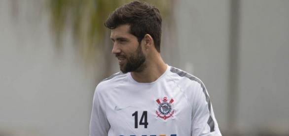 Felipe nega acerto com o Porto