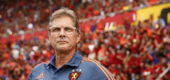 Oswaldo de Oliveira técnico do Sport