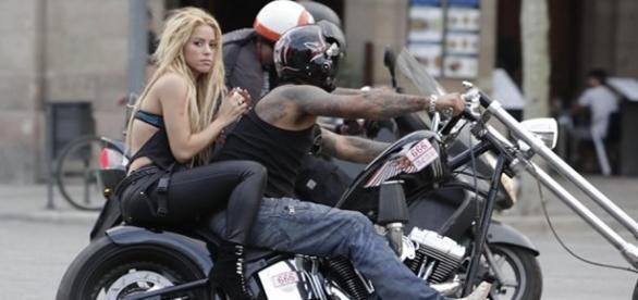 Shakira im Videoclip zu Loca (Quelle: Youtube)