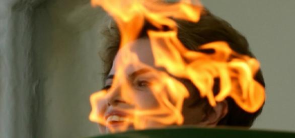 Dilma e a chama olímpica - Foto/Estadão