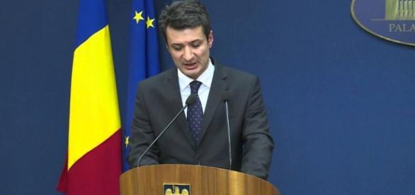 Ministrul Patriciu Achimaş-Cadariu. Foto: youtube.com