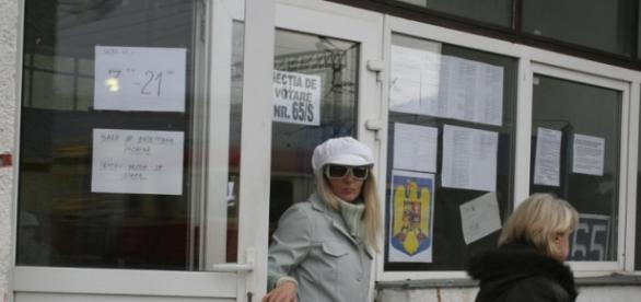 Secţie de votare de la alegeri