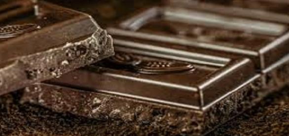 Come preparare un gustoso gelato al cioccolato