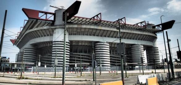 El estadio de San Siro cuenta con una capacidad de 80.000 personas