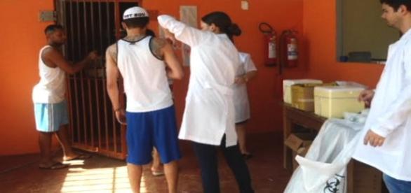 População carcerária, prioridade na vacinação H1N1