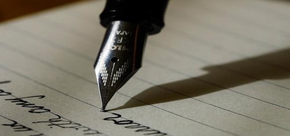 Concurso de poesia dá a oportunidade de autores verem seus textos impressos e distribuídos