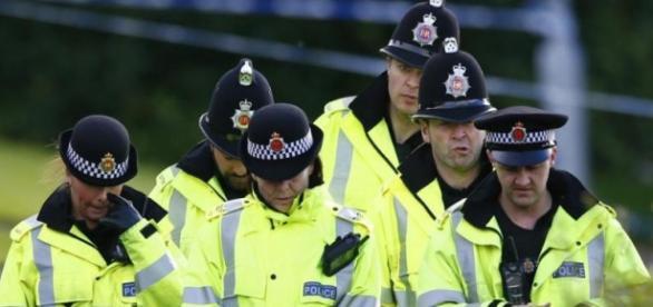 Un fals taximetrist a violat o britanică
