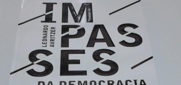 Capa do livro / Foto da jornalista