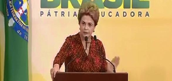 Dilma Rousseff pide calma a sus seguidores Canal Net TV