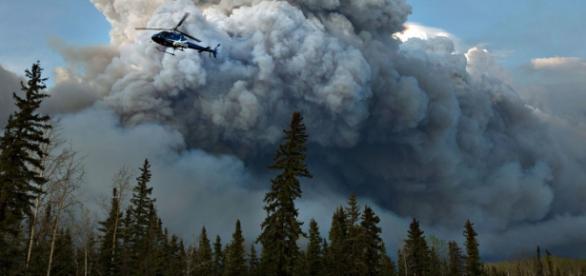 Foto de todo el humo en Fort McMurray
