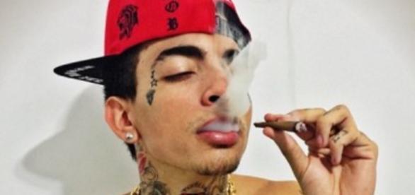 MC Guimê é detido com cigarros de maconha