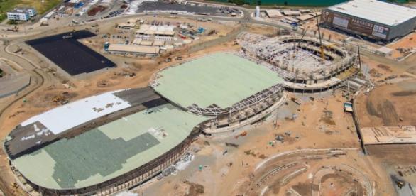 Trabalhadores sofrem com a falta de segurança nas obras das Olimpíadas.