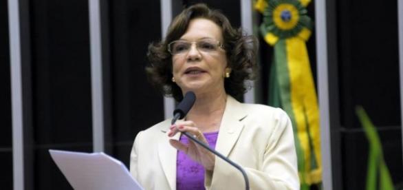 Fátima Lúcia Pelaes é evangélica