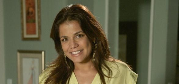 Nívea Stelmann é Noemi em 'A Terra Prometida'