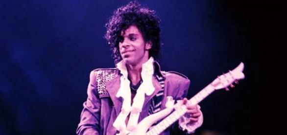 Prince ingeriu analgésico antes de morrer