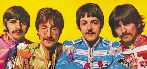 Sgt. Pepper's Lonely Hearts Club Band levou 700 horas de estúdio para ser gravado