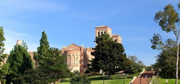 Tiroteo en la Universidad de California