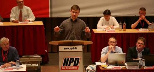 David Petereit besuchte Schüler in Rostock / Foto: Landtag MV Youtube (Archiv), Screenshot