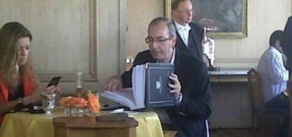 Cunha diz que está mais pobre nos útlimos cinco anos