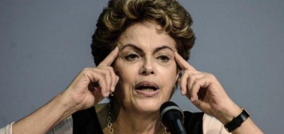Dilma Rousseff está comprando muitos remédios