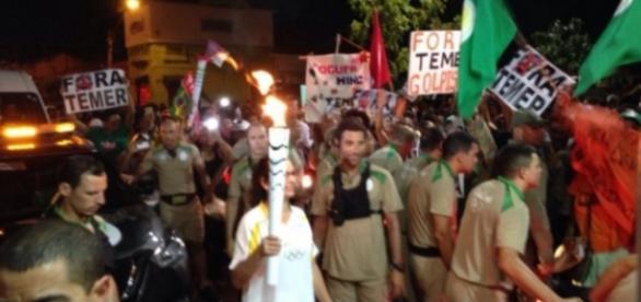 Petistas tentam apagar fogo olímpico