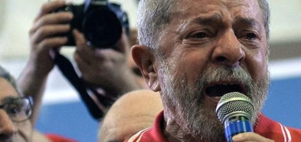 Lula é investigado pela Lava Jato