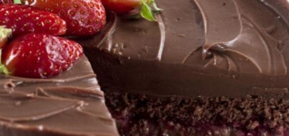 Bolo de chocolate com biomassa de banana verde