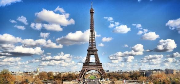 Brasileiros têm a chance de trabalhar e estudar na França