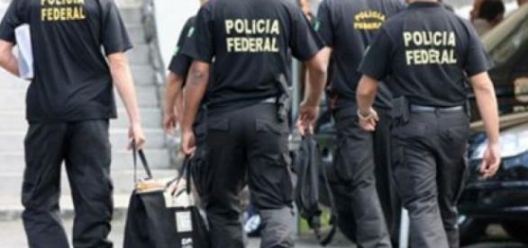 Devidos aos políticos brasileiros, Lava-Jato poderá acabar