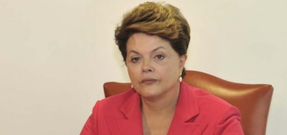 Dilma segue sua rotina de viagens pelo Brasil