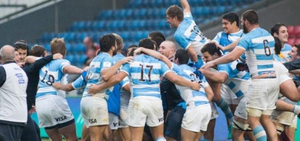 Con tres victorias, Los Pumitas completaron de manera exitosa la primera fase del Mundial U20 en Inglaterra