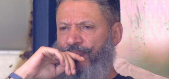 Laércio é denunciado pelo MP por dois crimes
