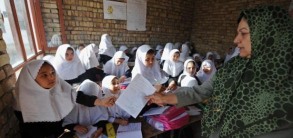 Escuela afgana intoxicada en 2013
