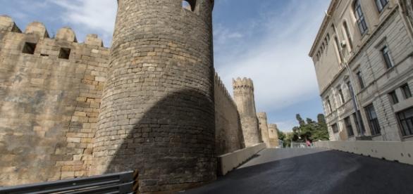 Na passagem por castelo, não houve espaço para instalação do guard-rail