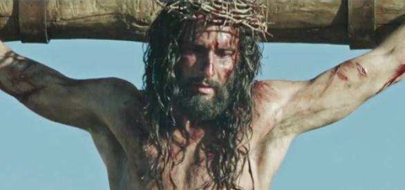 Rodrigo Santoro interpreta Jesus Cristo no filme Ben Hur