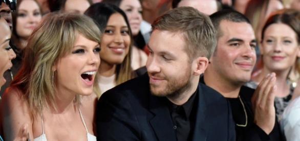Amigos de Calvin acham que Taylor será desmascarada