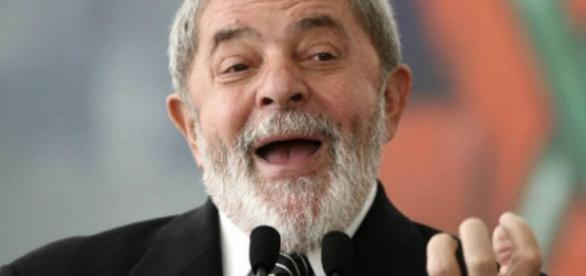 Defesa de Lula tenta ganhar tempo (Foto: Adriano Machado/Bloomberg)