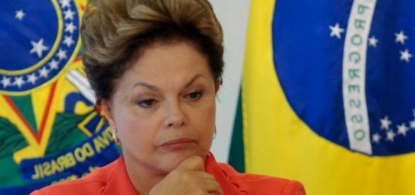 Dilma Rousseff aparece chateada em foto