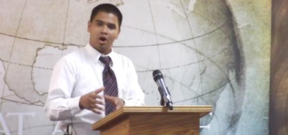 Pastor Jimenez da Igreja Batista da Verdade, na Califórnia