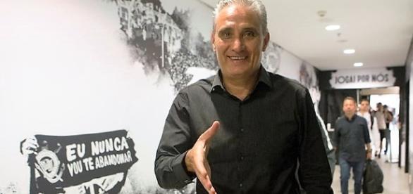 A passagem de Tite pelo Corinthians foi histórica, com vários títulos, inclusive o Mundial de Clubes