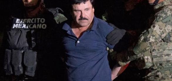 Considerado o traficante mais perigoso do mundo, El Chapo se encontrou com Sean Penn enquanto estava foragido. (Foto: History)