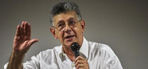 """Opositores exhortan a expresidentes mediadores a aclarar en la OEA que en Venezuela """"No Existe Dialogo"""""""