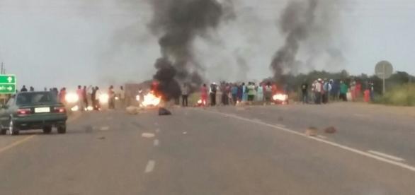 Carreteras cortadas en los alrededores de Pretoria