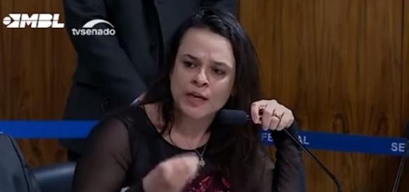 Janaína Paschoal se defendeu das acusações de Lindbergh Farias